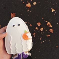 Find images and videos about autumn, fall and Halloween on We Heart It - the app to get lost in what you love. Theme Halloween, Halloween Treats, Fall Halloween, Happy Halloween, Halloween Countdown, Halloween Cakes, Halloween 2019, Halloween Stuff, Vintage Halloween