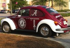 Real Alabama Fans Drive Crimson Tide! #Roll Tide www.RollTideWarEagle.com Sports stories that inform and entertain plus FREE football rules tutorial, check it out.