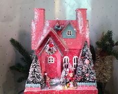 Glitter House (Large)Putz House in Red with 3 Elves decorating
