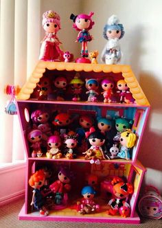 That's one full Lalaloopsy doll house! #lalaloopsycollection