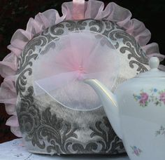 theemuts+roze+met+zilver+barok+stijl+van+Theemutsenzo+op+Etsy,+€29,95