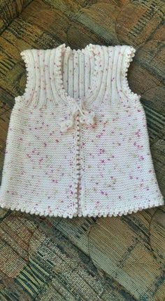 Another of those simply beautiful vests - help required to deconstruct from picture Knitting For Kids, Baby Knitting Patterns, Free Knitting, Crochet Baby, Knit Crochet, Crochet Pattern, Plain Girl, Baby Pullover, Dresses Kids Girl