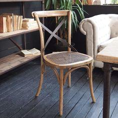 Sedia in legno.