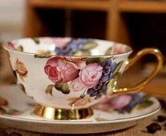 Chic European Afternoon Tea Fine Bone China Porcelain Floral Coffee Mug Teacup with Saucer Coffee Mugs Online, Teapots And Cups, Teacups, Cuppa Tea, China Tea Cups, My Cup Of Tea, Tea Service, Vintage Tea, Vintage Floral