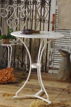 アンティーク ガーデンテーブル(ホワイト)
