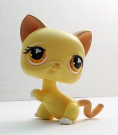 Littlest Pet Shop Cat #533 yellow kitten loose