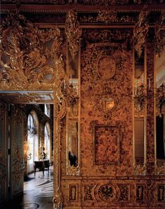 Andrew Moore - Amber Room, Catherine Palace, St. Petersburg, Russia, 2000