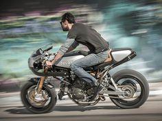 Ducati 900SS – Moto Studio | Pipeburn.com