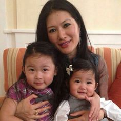 Sakyong Wangmo and her two oldest daughtersv