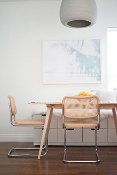 Just remember that when you're using the web for dining room decorating, you'll need to element in the expense of shipping. Since dining room decorating ideas frequently mean big and often breakable or fragile products, shipping can be rather expensive.