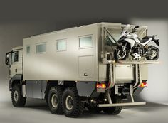 action mobil XRS 7200 expedition vehicle is a penthouse on wheels Flying Vehicles, Gi Joe Vehicles, Army Vehicles, Armored Vehicles, Lego Vehicles, Adventure Campers, Vehicle Maintenance Log, Vehicle Signage, Vehicle Branding