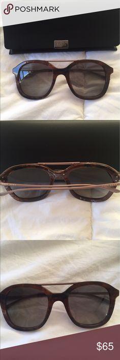 Hugo boss men's sunglasses Brand new men's Hugo boss aviators . Comes with dust rag and case . I'm open to offers ! Hugo Boss Accessories Glasses