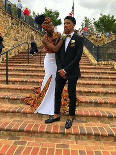 African Couple's clothing/ wedding clothing/ dashiki couple's outfit/African women's clothing/ African men's bow tie and pocket square.