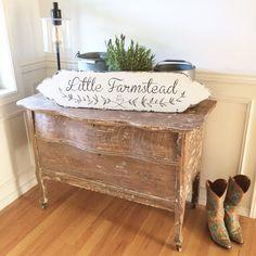 Little Farmstead: A Custom Vintage Farmhouse Style Sign