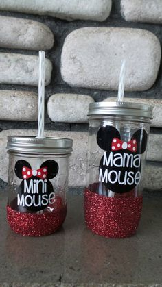 minnie mouse mason tumbler - Home Decor -DIY - IKEA- Before After Mason Jar Cups, Glitter Mason Jars, Glitter Cups, Mason Jar Crafts, Mom Tumbler, Mason Jar Tumbler, Tumbler Cups, Diy Tumblers, Custom Tumblers
