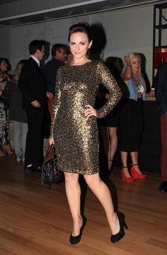 Gold dress and black pumps