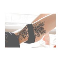 Best 70 Sexy Thigh Tattoo Designs and Ideas for Girls 2015 ❤ liked on Polyvore featuring tattoo and tattoos/piercings