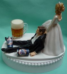 AHHHhahahah..minus the oddly sized glass this would be so frickin hilarious Miller Lite Beer Drinking Drinker Themed Wedding Cake Topper, Garter