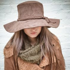 1970s vintage style hat in faux suede is so easy to wear and a unique style. Cozy Winter fashions at JONDIE.