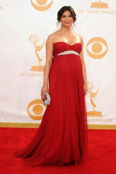Bellyitch: Emmy Awards 2013 Red Carpet: 3 Pregnant Celebs all rock RED
