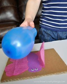 Static Electricity Butterfly Experiment- easy way to show kids he power of static electricity. Preschoolers love this!