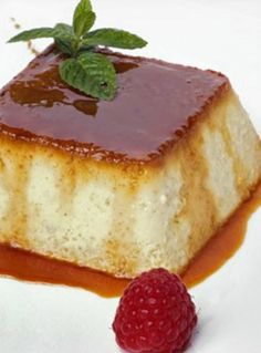 Flan with Apples. Ingredients- 4 apples, of Sugar, butter, 2 eggs and 100 ml of milk. Apples in the microwave inside a Tupperware add sugar and mash. Mix Eggs and Sugar. Pour into a recipient and cook at 1 hour cook time Mexican Food Recipes, Sweet Recipes, Dessert Recipes, Custard Desserts, Just Desserts, Caramel Flan, Flan Recipe, Latin Food, Cakes And More