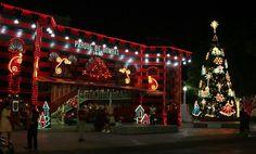 Navidad En Puerto Rico, All town squares are decorated.