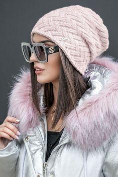 Молодежная теплая шапка - 1