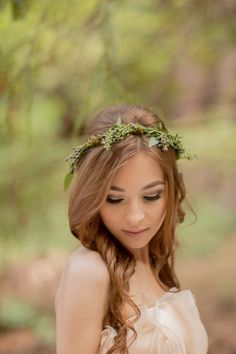 Floral crown // Photo by Retrospect Images, see more: http://theeverylastdetail.com/eclectic-woodland-wedding-inspiration/