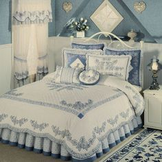 Westmont Embroidered Full or King Comforter Set Shabby Chic Quilts, Shabby Chic Bedrooms, Bedroom Vintage, King Comforter Sets, Bedding Sets, Bedroom Seating, Cozy Bed, Beautiful Bedrooms, Bed Spreads