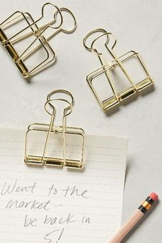 Want these gold binder clips so bad! Must have them for work!