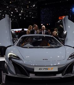 Jeremy Clarkson Gets A McLaren Delivered To His Home Mclaren 675lt, Mclaren P1, Jeremy Clarkson, Top Gear, Shabby Chic, Concept, Car, Spider, Engineering