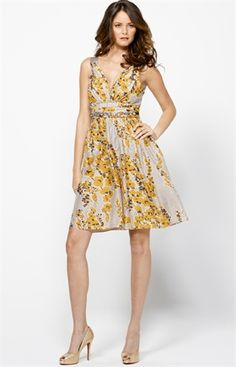 cute if I was doing yellow dresses