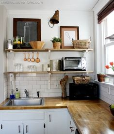 Planked wall and open shelving -gorgeous kitchen makeover!