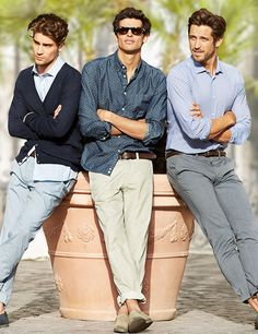 <p>With their versatile choice of classic colors and prints, these chinos…</p>