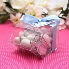 These mini candy bin favors are ideal packaging for a candy buffet. Guests can fill them up using the candy scoops that are included in this packaging.