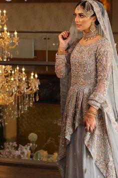 Asian Wedding Dress Pakistani, Asian Bridal Wear, Pakistani Formal Dresses, Indian Bridal Fashion, Black Bridal Dresses, Fancy Wedding Dresses, Indian Wedding Outfits, Bridal Outfits, Wedding Wear