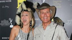 Columbus Zoo's Jack Hanna Shares Lemur At Daytime Emmys (Winners List)