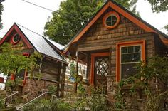 Garden Cottages Of Upper Albina  located in the Mississippi Historic District of Portland Oregon