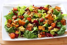 Roasted Root Vegetable Salad - Lattes and Leggings Roasted Vegetable Salad, Vegetable Salad Recipes, Roasted Root Vegetables, Vegetable Pasta, Clean Eating, Healthy Eating, Leftover Turkey Recipes, Comfort Food, Food And Drink
