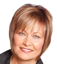 Short Straight Blonde Hair In Mature Wedge Hairstyle With Bangs #WedgeHairstyles