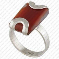 Silver ring. Interesting prong setting - Modo semplice ma bello per incastonare una pietra