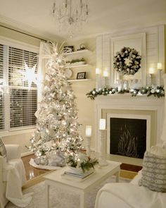 100 Elegant Christmas Decorations Which Defines Sublime & Sophisticated - Hike n Dip - - Give your Christmas home the elegant touch. Here are Elegant Christmas Home Decor ideas. These Christmas decors are simple, DIY Decors which you can do. Elegant Christmas Decor, Silver Christmas Decorations, White Christmas Trees, Christmas Mantels, Rustic Christmas, Beautiful Christmas, Holiday Decor, Victorian Christmas, Vintage Christmas