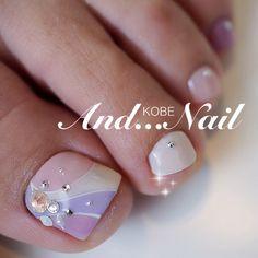 かわいいネイルを見つけたよ♪ #nailbook Pretty Toe Nails, Cute Toe Nails, Cute Toes, Pretty Toes, Pedicure Nail Art, Toe Nail Art, Mani Pedi, Manicure, Toe Nail Designs
