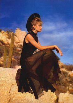 UMA 1986 - desert photo shoot
