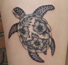 Best Turtle and Flower Tattoo Designs Beachy Tattoos, Cute Tattoos, Leg Tattoos, Body Art Tattoos, Small Tattoos, Ocean Tattoos, Tatoos, Hawaii Flower Tattoos, Tribal Flower Tattoos