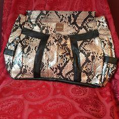 Miche Prima Shell Miche Prima Valerie shell. Brand new. Never used. Miche Bags Shoulder Bags