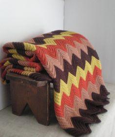 Mod Chevron Crochet Afghan Blanket by GreenZebre on Etsy Chevron Crochet, Crochet Ripple, Crochet Fall, Manta Crochet, Knit Crochet, Crochet Afghans, Crochet Patterns, Crochet Crafts, Yarn Crafts
