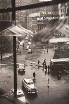 Union Square, New York — Louis Faurer (1950) Via Stephen Ellcock