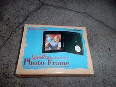 Voice Recording Photo Frame by Radio Shack Cat. No. 63-942 #RadioShack